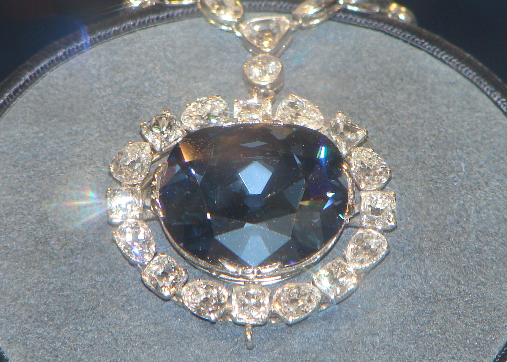 Single Stone Diamond Pendant Necklace